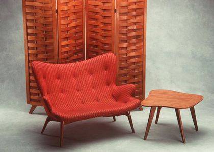 Photograph of Screen, Coffee table & Chair