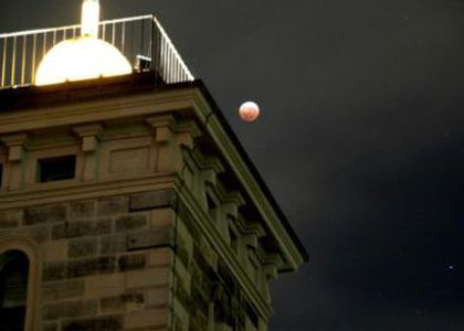 Eclipsed Moon and the Sydney Observatory time ball