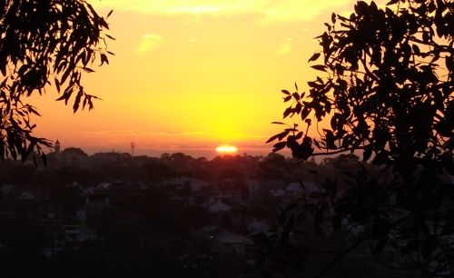 Sunset over Balmain as seen from Sydney Observatory on 29 August 2005 photographed by Nick Lomb