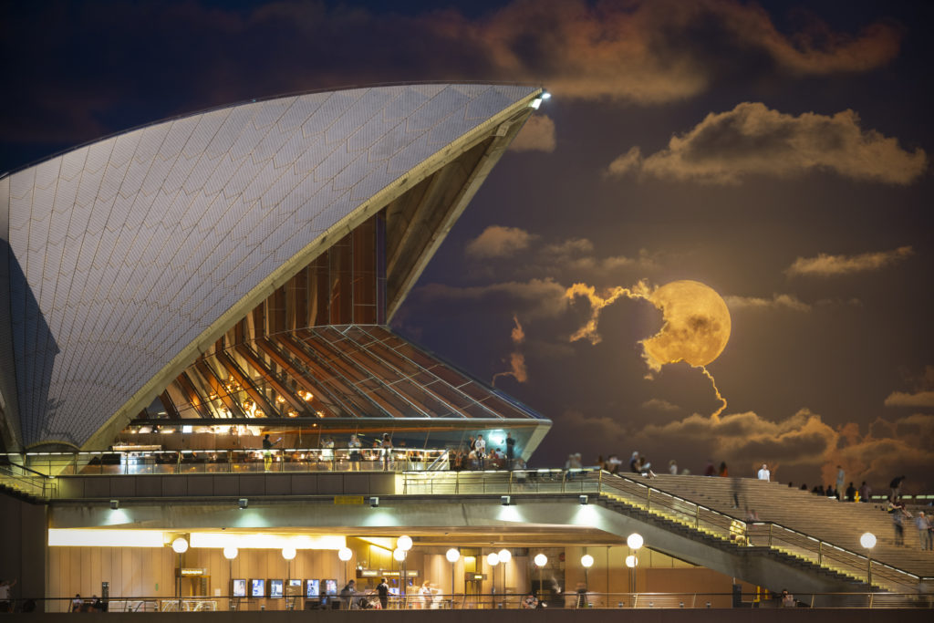 HM_Theme_Matthew_Hudson__Supermoon_behind_Opera_House_