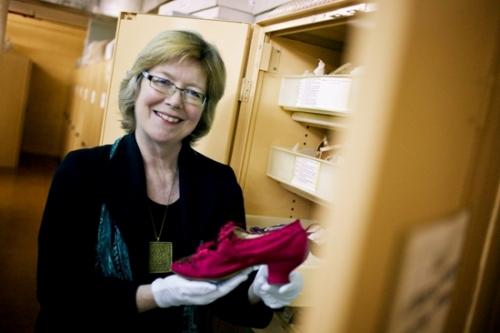 Portrait of curator Lindie Ward