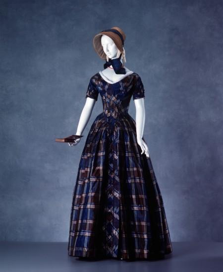 Check silk day dress, (A8072)