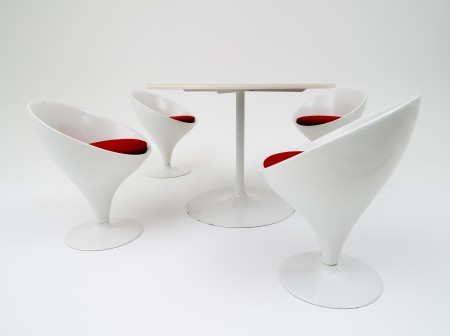Featherston 'Stem' chairs and table