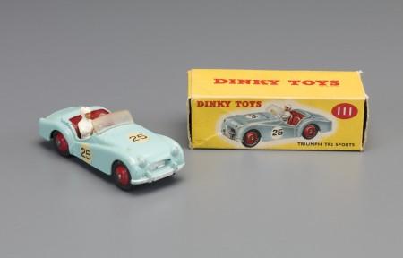 Triumph TR2 Dinky toy