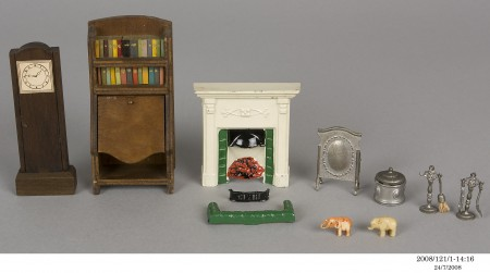 Various small furniture pieces from the lounge room for a doll's house