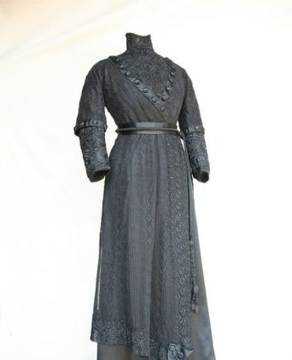 Hilda Smith's black silk satin and lace dress, 1908 – 1912. Collection: Griffith Pioneer Park Museum