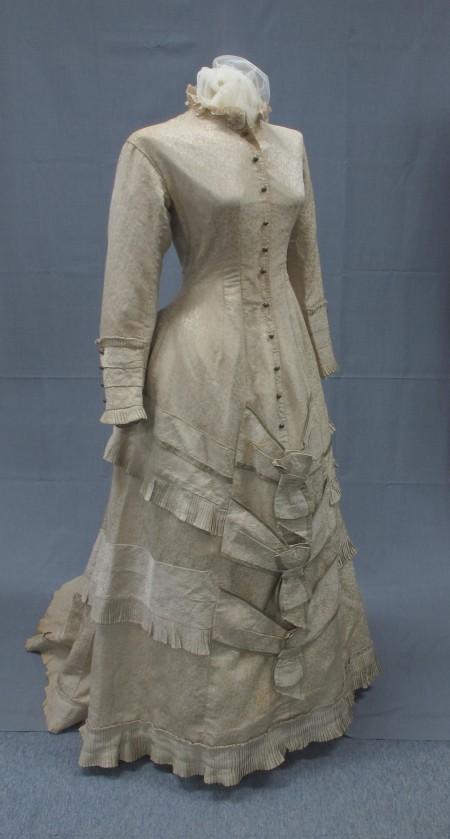 Mary Napier's wedding dress 1880s