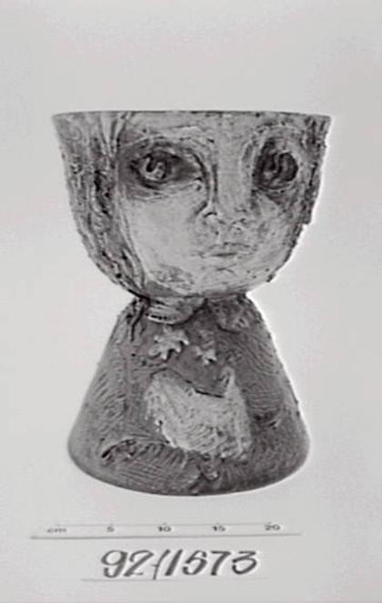 92/1573 Vase, earthenware, David and Hermia Boyd, Melbourne, Victoria, Australia, c. 1956 Collection: Powerhouse Museum