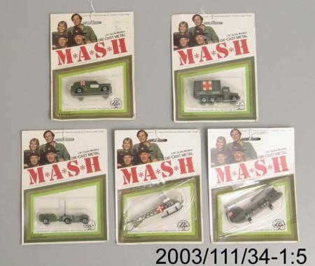 2003.111.34-1..5-450x380.jpg