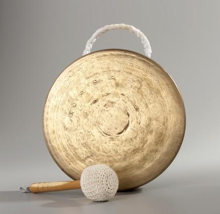 arge gong, bronze, Korea, 2000