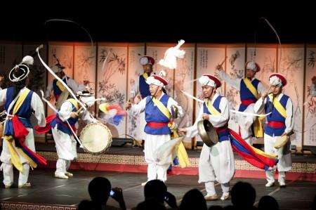 Korean dancers performing at Powerhouse Museum 2011