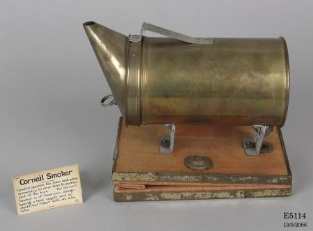 Brass Corneil smoker 1931