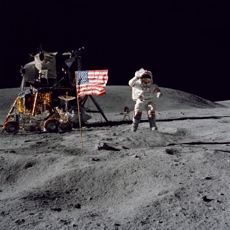 Apollo 16 Space landing 1972