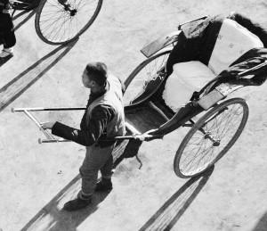 Rickshaws with pneumatic-tyred bicycle wheels 1933-1946