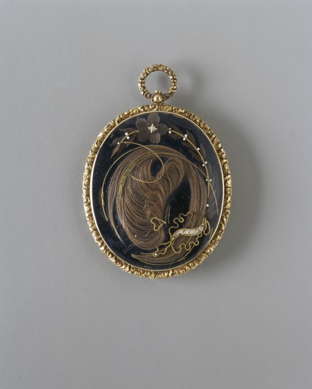 Detail of gold mourning pendant