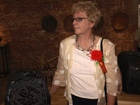 Photograph Janet Mansfield with her work 2007