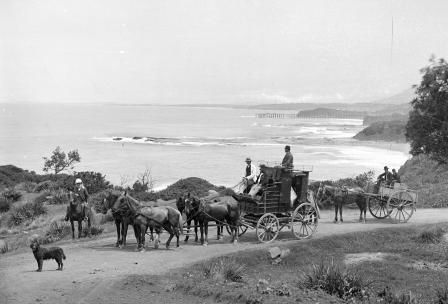 Photograph 'Coaching on Cliff Road', near Scarborough, NSW