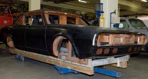 Photograph Leyland P76 automobile mock-up body