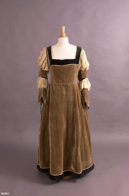 Costume, opera, dress, worn by Dame Nellie Melba, velvet/silk/cotton/leather/metal