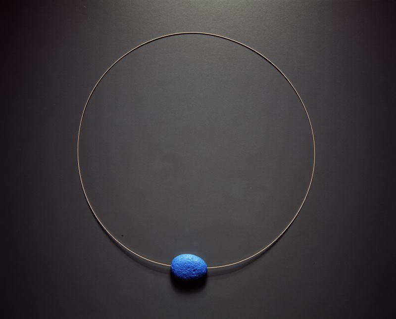 Photograph of Neckpiece, 'Semi-breve'