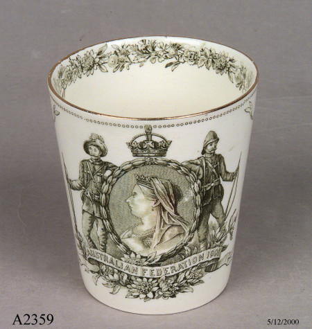 Beaker commemorating Australian Federation collected by Thomas Handcock Lennard, made by Doulton & Co, Burslem, England, 1900, MAAS Collection