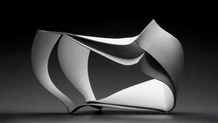 Forms in Succession #5, porcelain sculpture, Shegekazu Nagae, Seto, Japan, 2011, MAAS collection