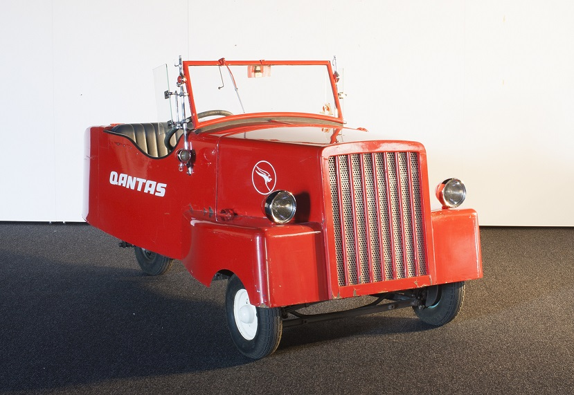 Home-made electric car made in Canberra in 1943