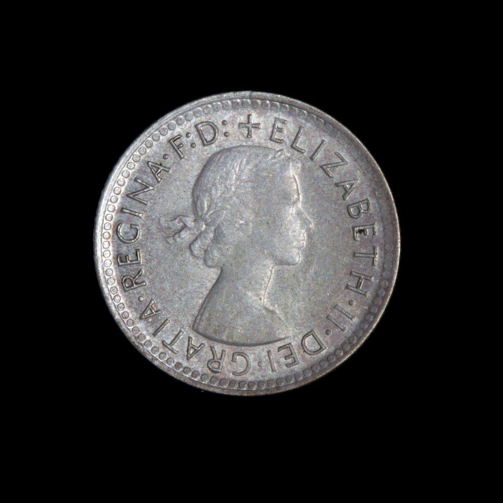 Coin, depicting Queen Elizabeth II