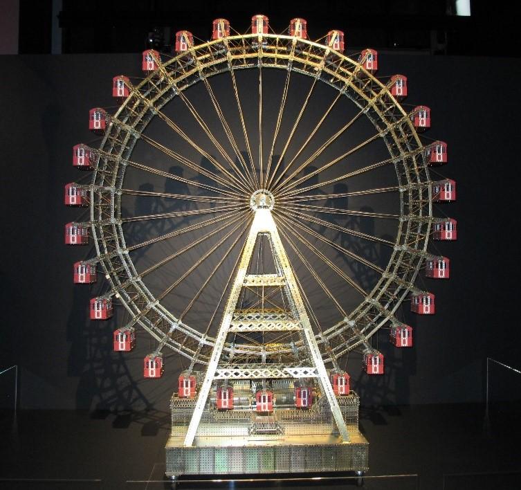 Scale model of a Ferris Wheel